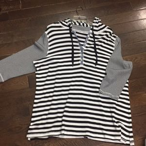 Tops - Women plus 3/4 sleeve mix stripe tunic sz18/20